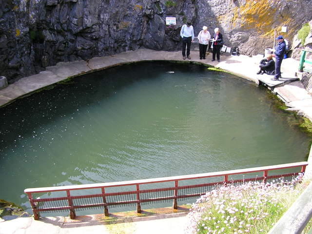 File:Port Logan fish pond - interior - geograph.org.uk - 88203.jpg